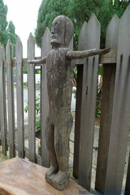 ANCESTRAL BORNEO STATUE