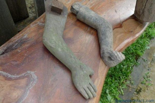 STRANGEARMmmDAYAKSTATUETribalFigureSculptureBorneoDyakAuthentic