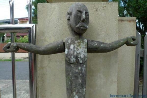 HUMANSIZEmmGUARDIANSTATUEErodedOutdoorDayakFigureSculptureRARE