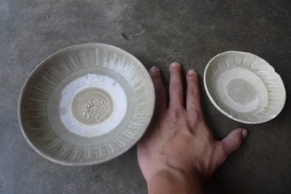 TWO GLAZED SUNG / SONG (960-1279) DISH / PLATE / antique bowls Chinese Porcelain Clay #6