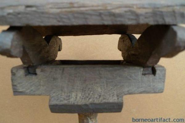 TRIBALTOMB.ROOFEDHOMECASKETIronwoodSculptureNativeDayakHalloween