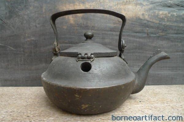 UNUSUAL STEAMER KETTLE Antique Boiler Pot Teakettle Bronze Kitchen Ware Mansion