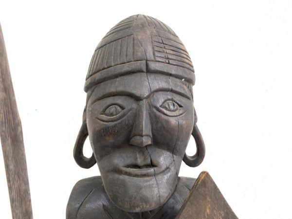 GIANT STATUE 930mm DAYAK WARRIOR Sculpture Artifact Image Icon Borneo Headhunter