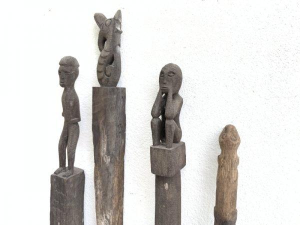 4 ANTIQUE AUTHENTIC 610-790mm GUARDIAN POLE Dayak Eroded outdoor Statue Primitive Figure