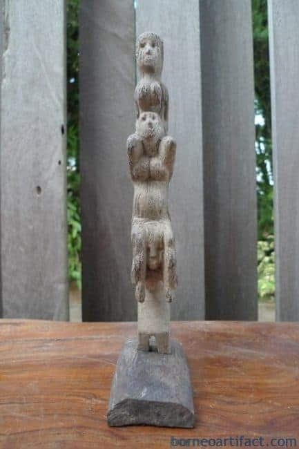 THREE MAN RITUAL POLE Dayak Bahau Guardian Figure Icon Sculpture Artifact Borneo