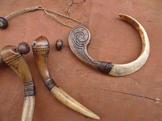 raretoratoranecklacetorajatribaljewelrywood&#;bonependantbodyornament