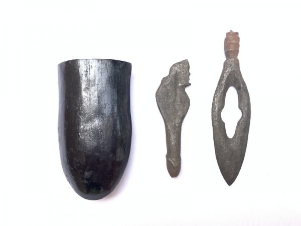 Miniature keris