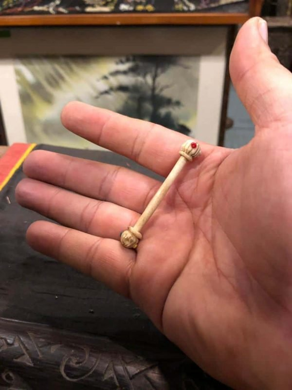 barbell piercing