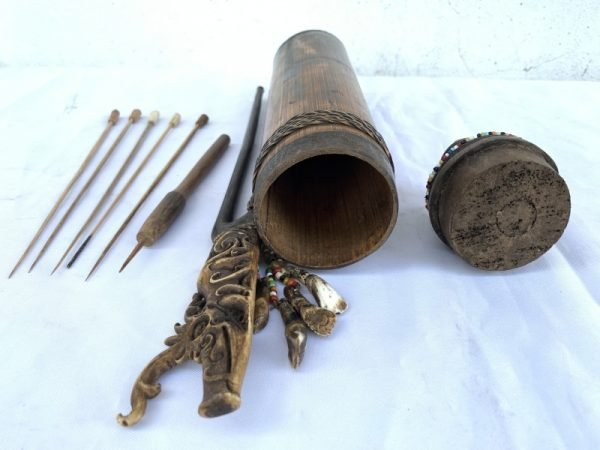 OUTSTANDING VINTAGE 385mm BLOWPIPE QUIVER Darts Hunting Traditional Tribal Borneo Dayak Hunter